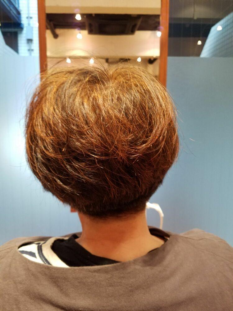 70代ボブスタイル、髪の健康のヘナカラー