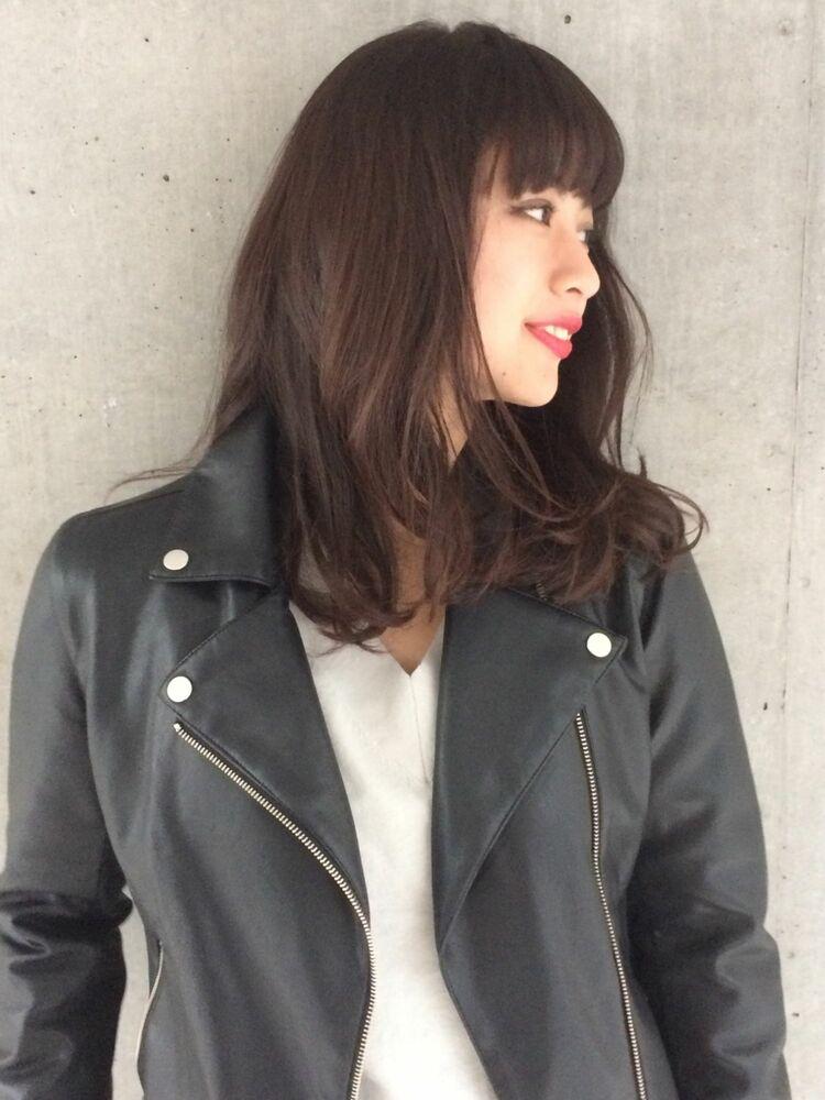2020 オトナ女子 辛口ハンサムな大人カジュアル  黒髪