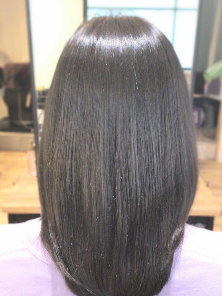 透明感のある暗髪