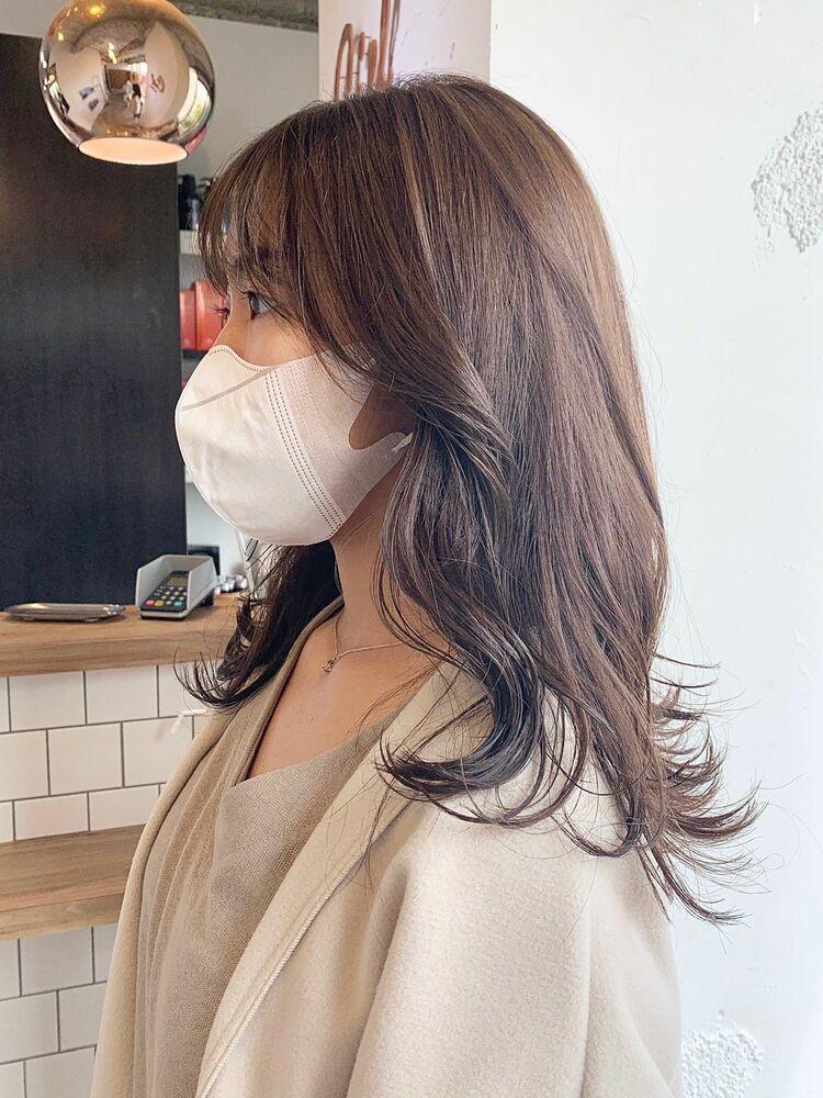 韓国風顔まわりレイヤー グレージュカラー