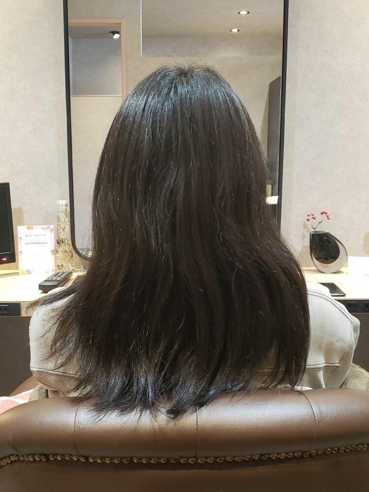 ストレートケアで今まで縮毛矯正を傷むからやらなかった方が、きれいな髪になりまました!