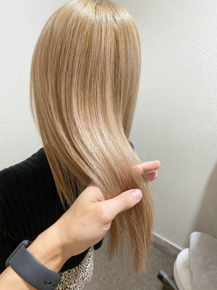 cream blond