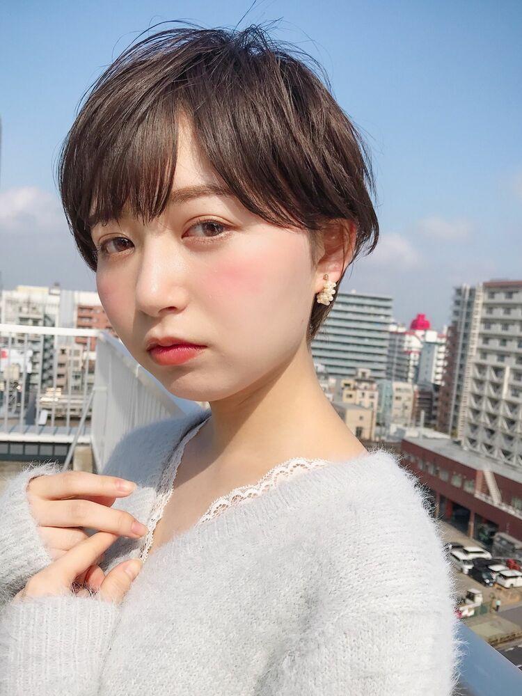 ことりベージュショートボブシースルーバング黒髪カタログ錦糸町