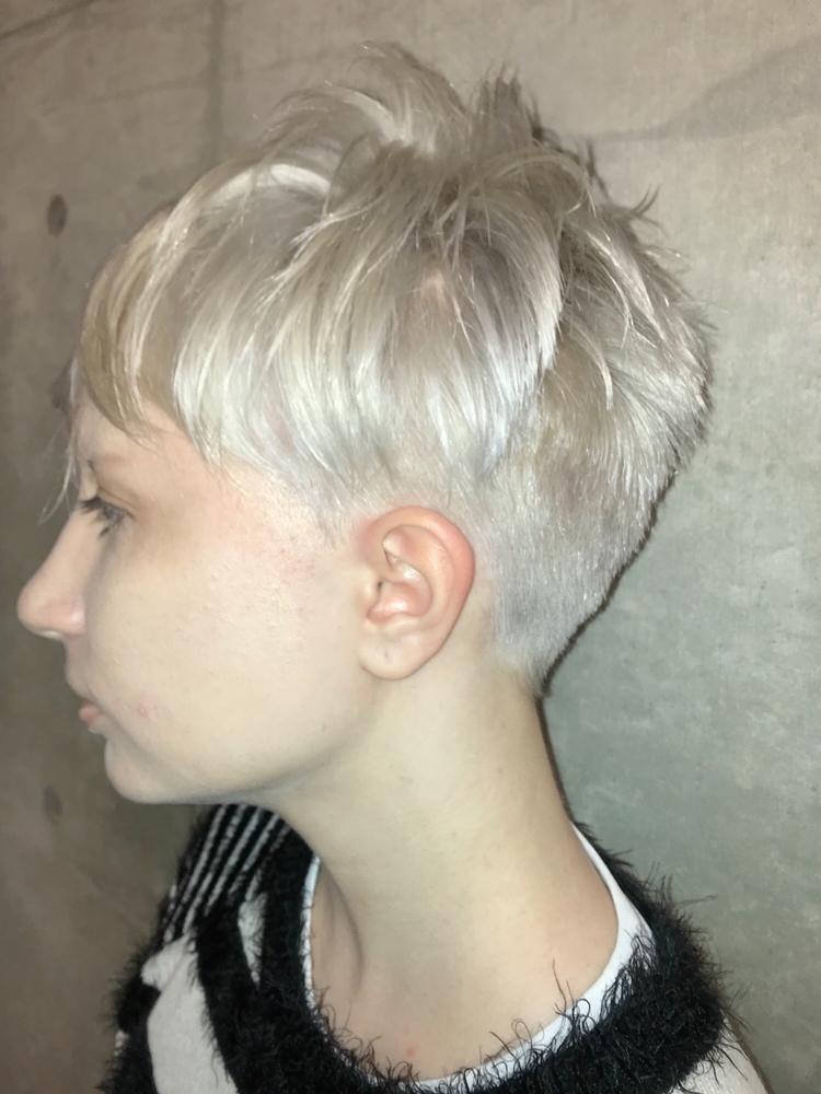 white bleach and short