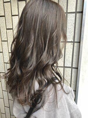vicus hair《YURI》透明感たっぷり☆ブリーチなしの柔らかプラチナシルバー☆