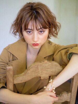 ロンドフィーユ 佐藤詩穂 大人可愛いフレンチボブ