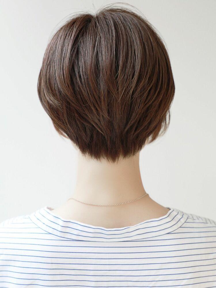 バックシルエットが◎ナチュラルショートヘア♪