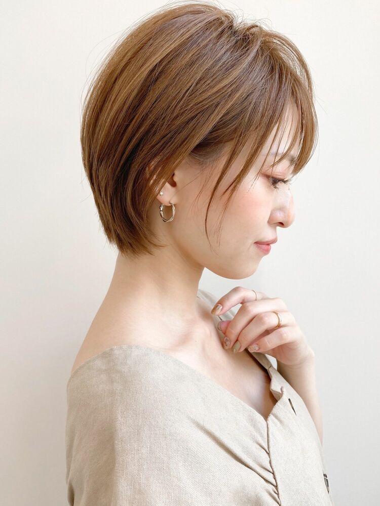 大人可愛いショートボブ×ひし形シルエット☆