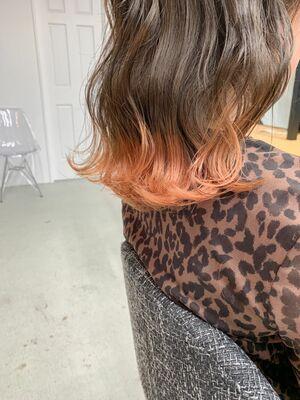 ミディアムゆるウェーブ×裾カラーオレンジ