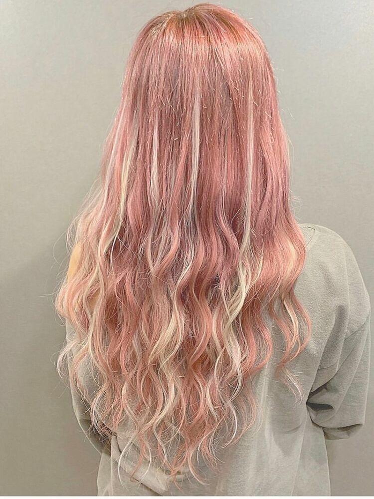 ピンクホワイトハイライト