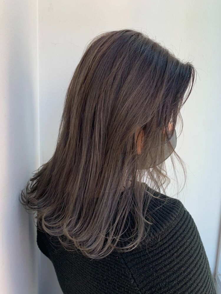 透け感グレージュ♡/過去にブリーチ履歴のある髪も可愛く仕上がります♡