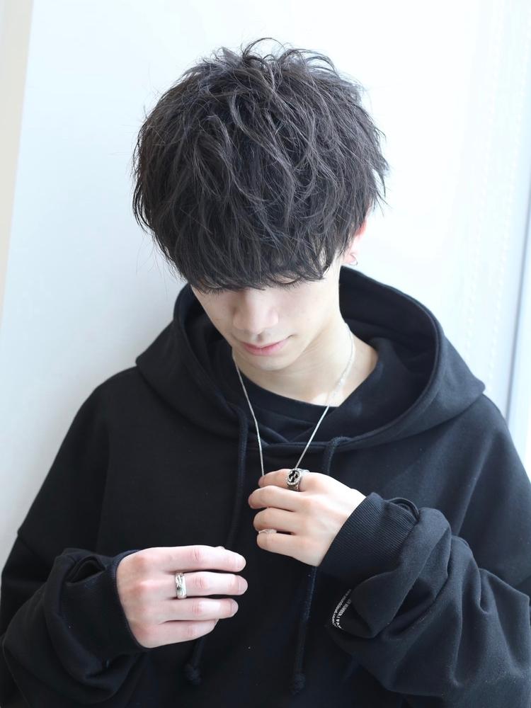 ショートマッシュ×黒髪
