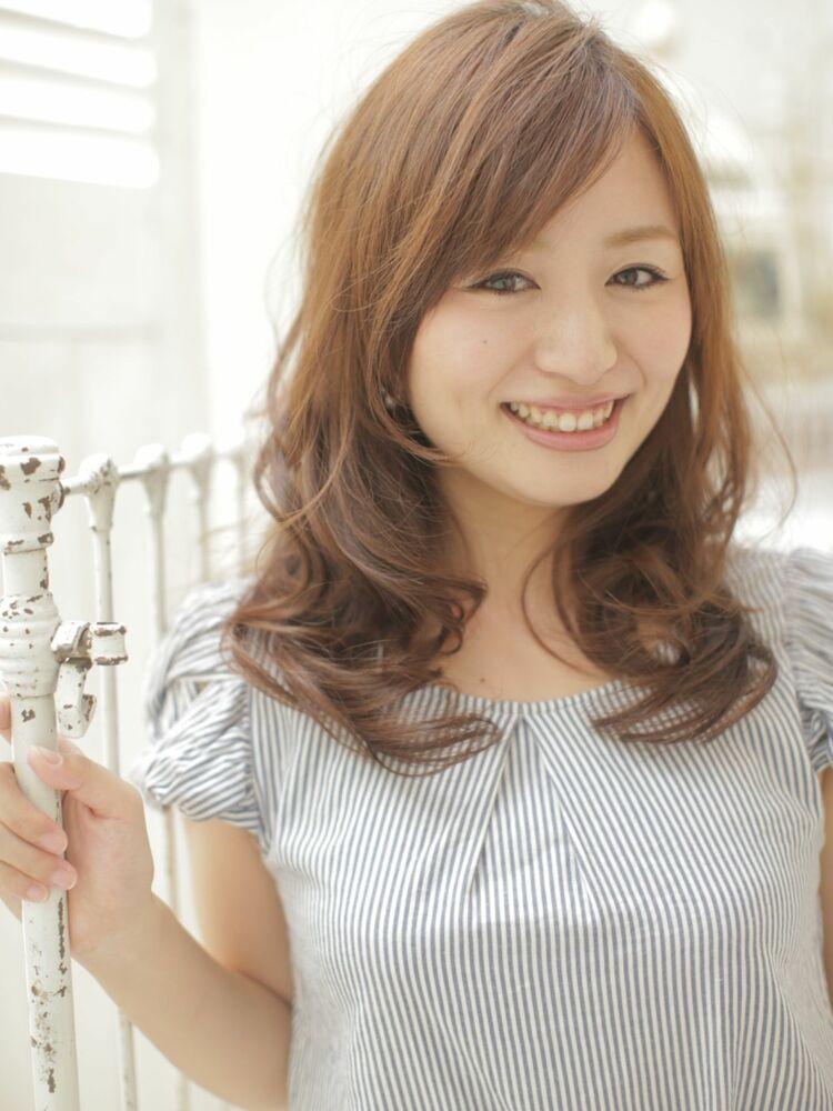 RUTA/髪質改善/透明感ベージュ/シースルーカラー/ナチュラルレイヤー/ゆる巻き