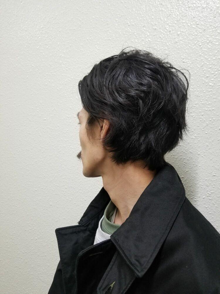 ミニカイゼルひげと30代メンズ向けのボブスタイル
