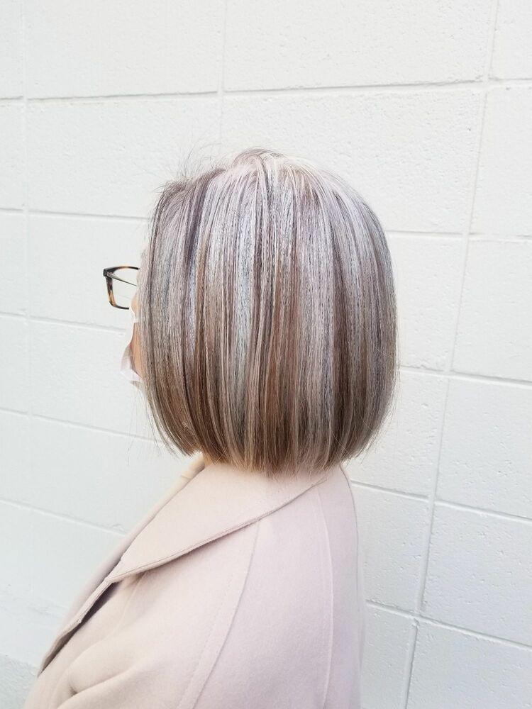 白髪を活かす育てるハイライト