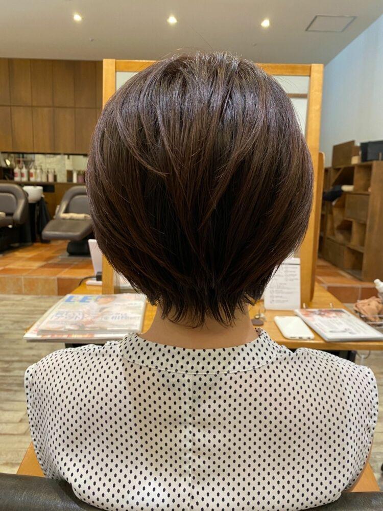 30代40代50代におすすめの首を細く見せてくれるショートボブ