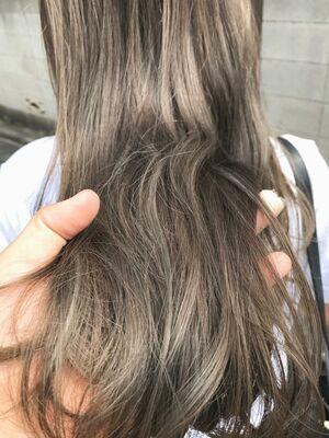 ハイライトカラー/暗髪カラー/外国人風カラー/イルミナカラー/ミルクティーグレー/表参道