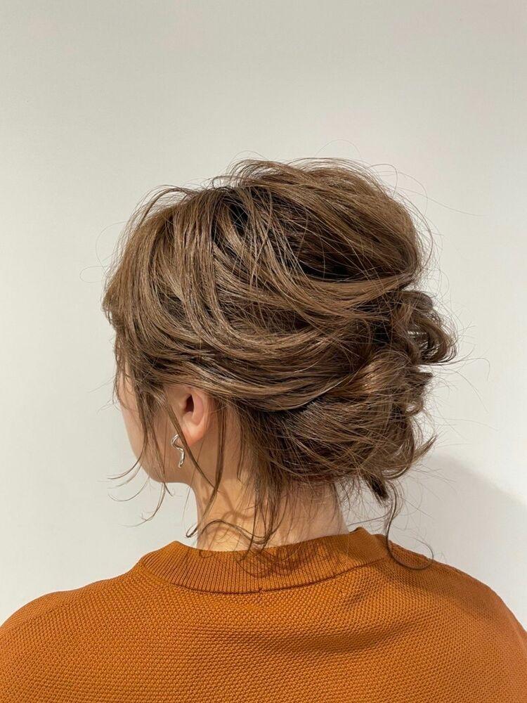 ウルフスタイルに合わせる後れ毛たっぷりお呼ばれアレンジヘア☆