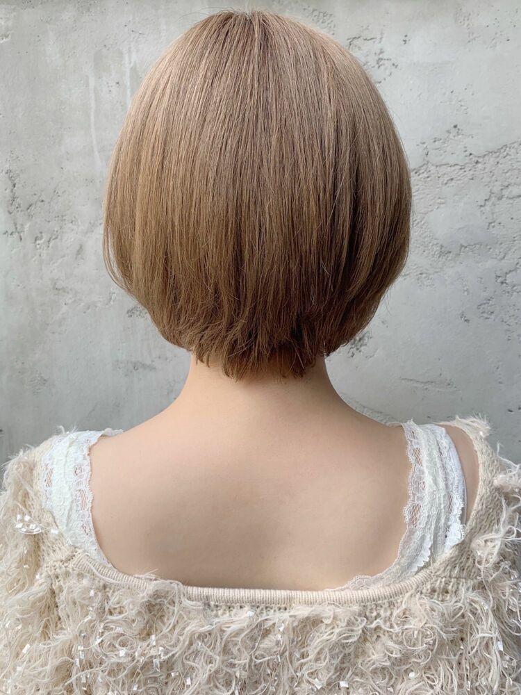 *dydi表参道*ひし形シルエットのシンプルなショートスタイル