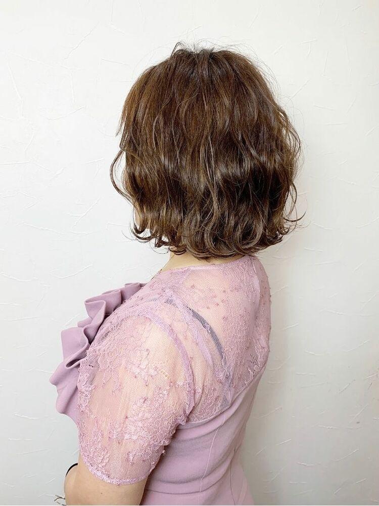 ブルージュハイライトくびれボブ(色落ち後)波巻きヘアセット