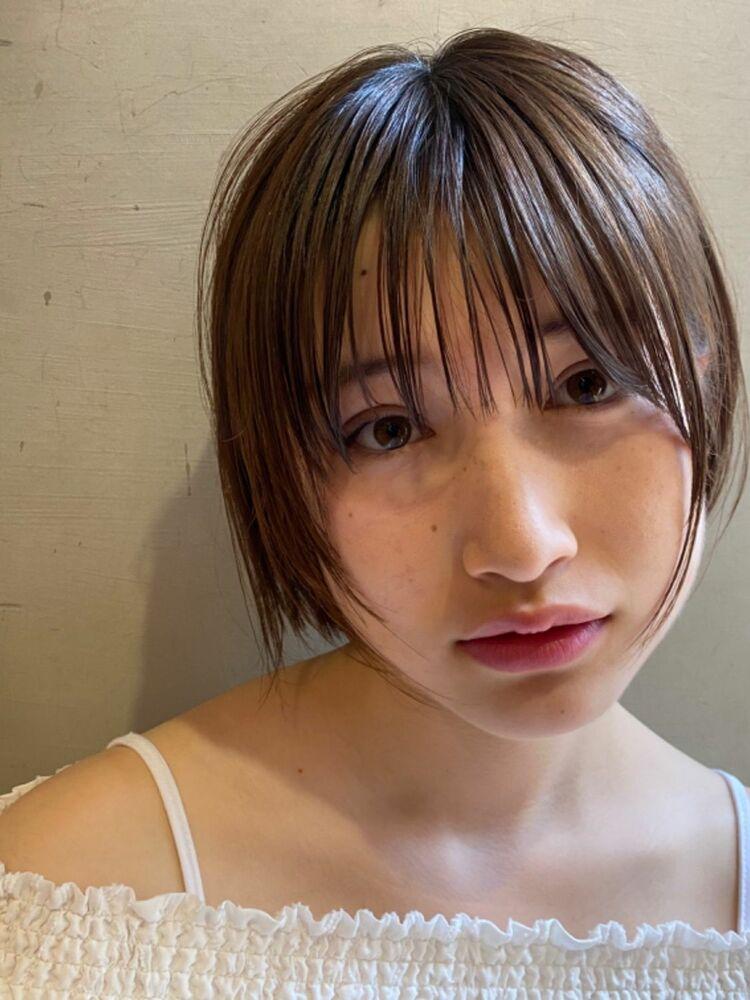 小顔前髪×タイトフィットボブで大人オシャレショートボブに。