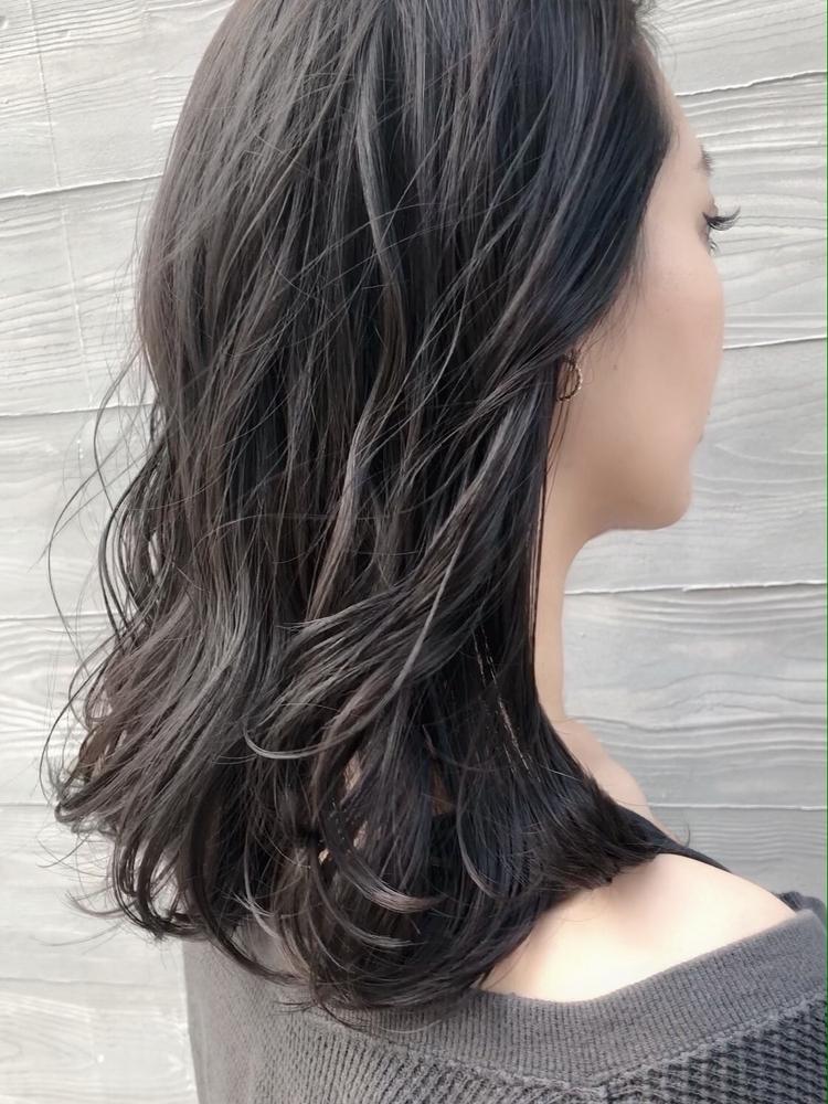 社会人向け透明感のある暗髪