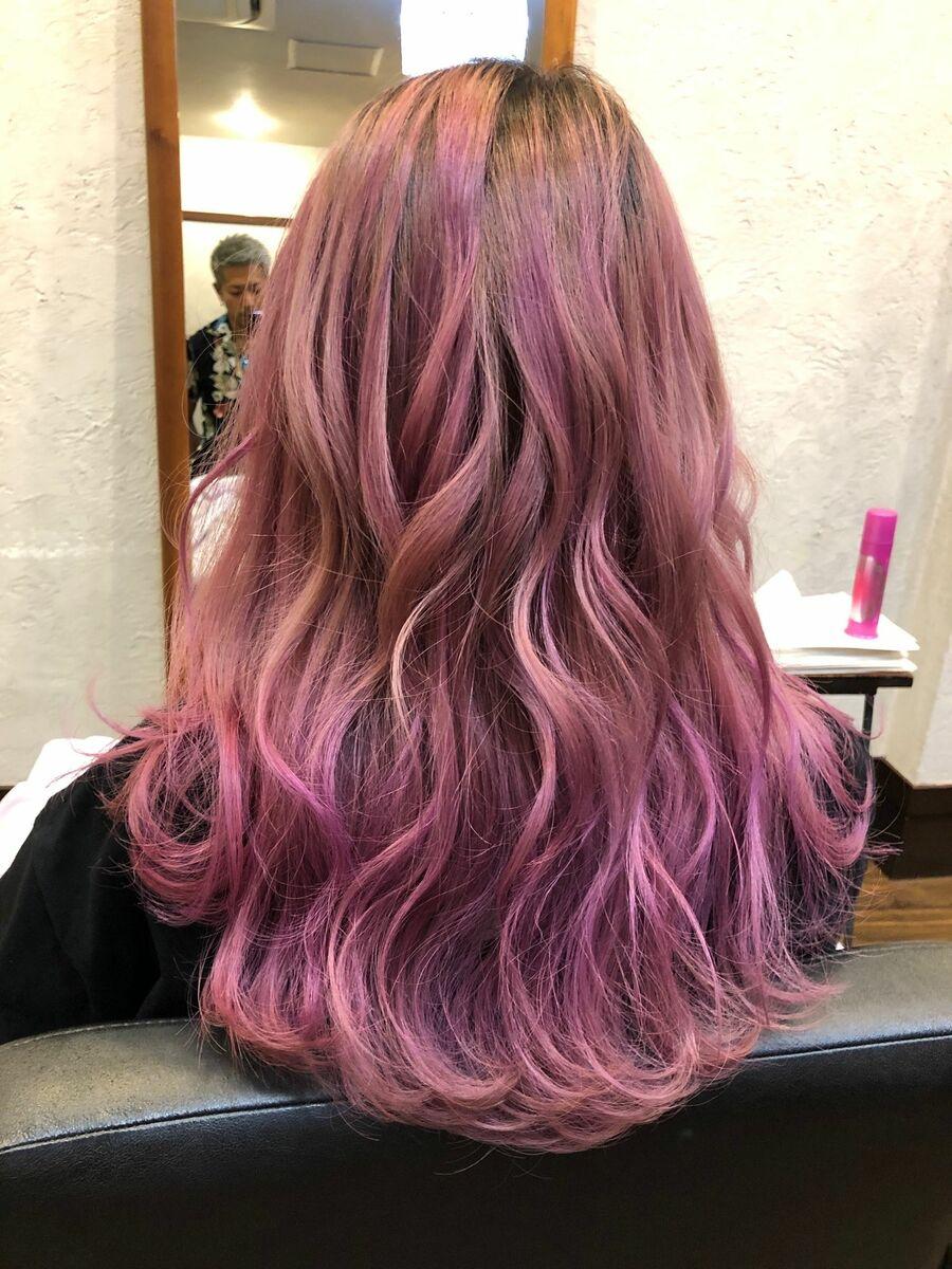 ブリーチオンカラーでピンク系