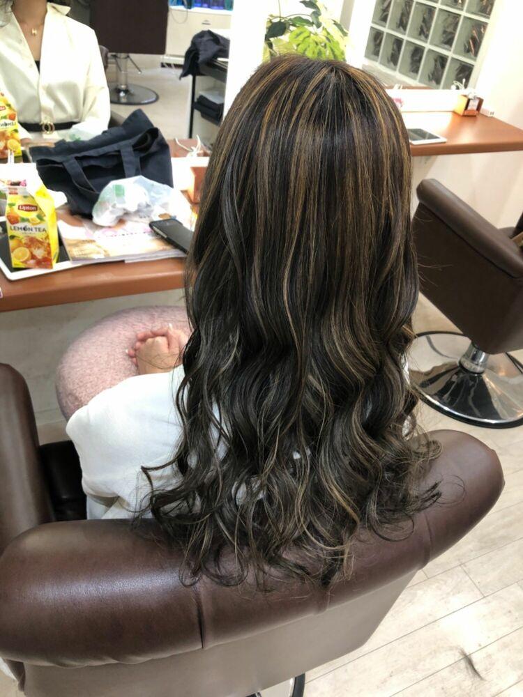 Richer hairsalon リシェル渋谷-勝又舞夏 シースルーバング×コントラストハイライト