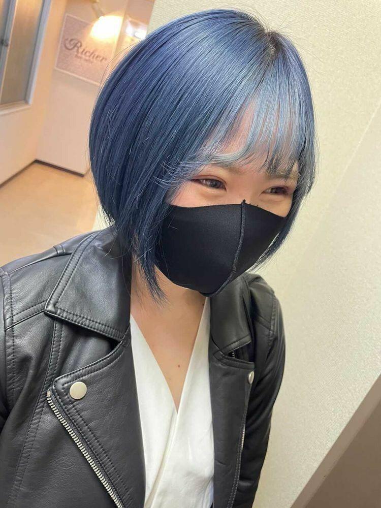 Richer hairsalon リシェル渋谷-勝又舞夏 ショートボブ×アイスブルー