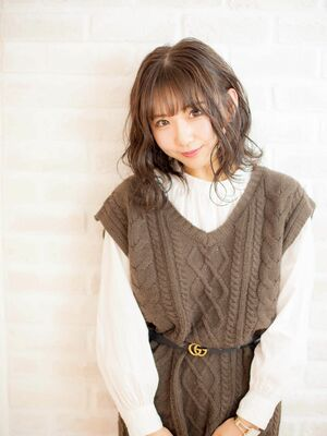 Richer hairsalon リシェル渋谷-勝又舞夏 アッシュブラウン×波ウェーブ