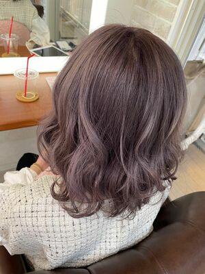 Richer hairsalon リシェル渋谷-勝又舞夏 波ウェーブミディ×ラベンダーピンク