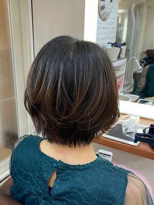 Richer hairsalon リシェル渋谷-勝又舞夏 ショートレイヤーボブ