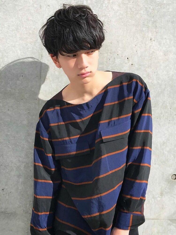 ひし形黒髪マッシュ