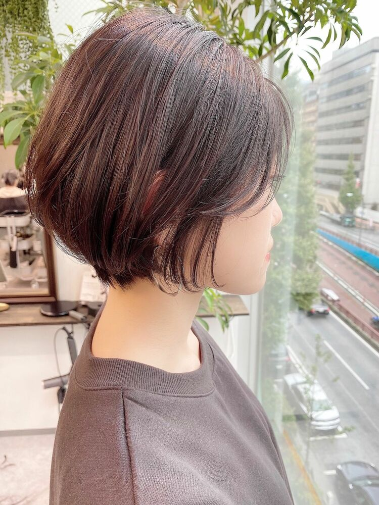 表参道・青山/VIE/つばさ☆カットが上手い◎女性らしいふんわり前下がりショート
