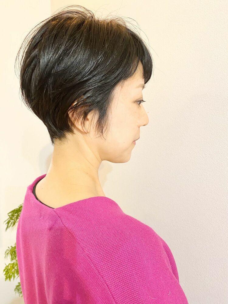 表参道・青山/VIE/つばさ☆カットが上手い◎トップがふんわりするショートヘア