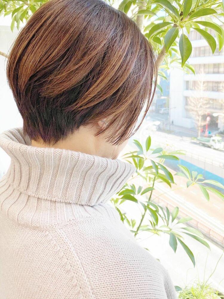 表参道・青山/VIE/つばさ☆カットが上手い◎大人女性の前下がりショート