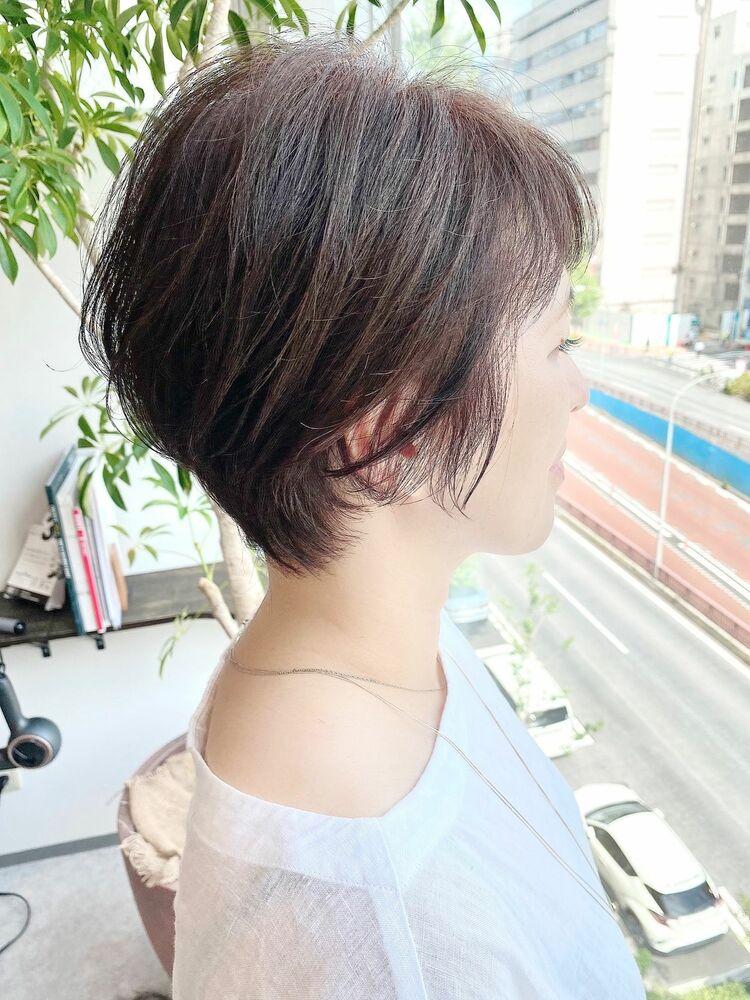 表参道・青山/VIE/つばさ☆カットが上手い◎大人女性の後頭部ふんわりショート