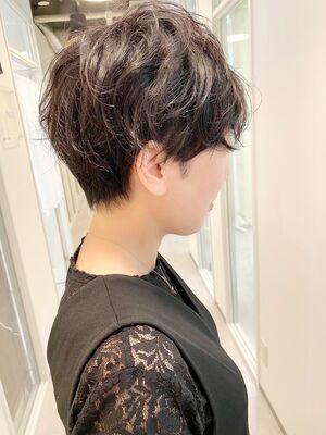 銀座/VIE/つばさ☆カットが上手い◎クセを活かしたパーマ風ショートヘア