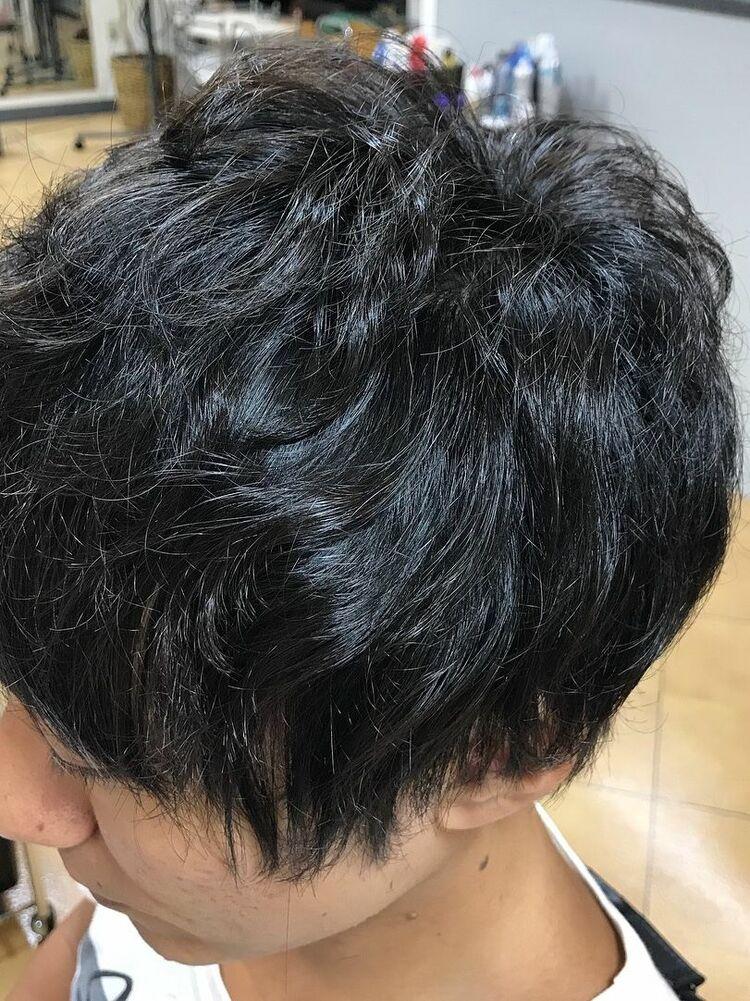 整髪料が苦手な方で、さっと乾かしただけの写真です✨