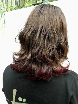 波ウェーブ インナーカラー 裾カラー