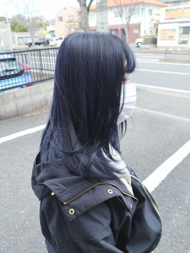 透明感のある黒髪『ネイビーブラック』