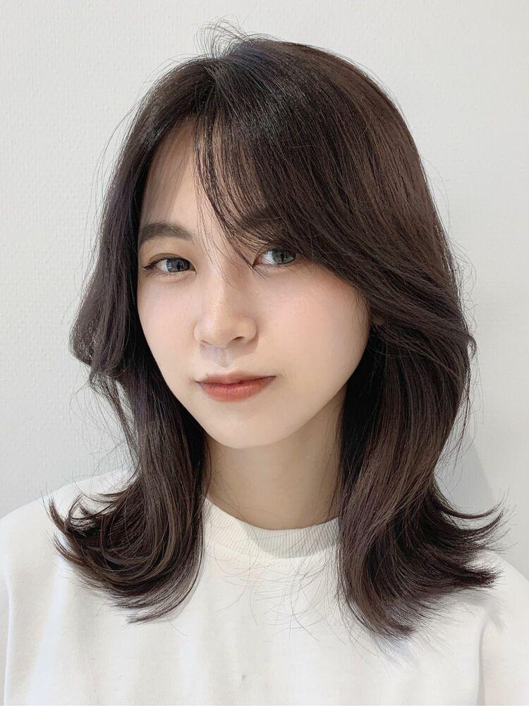 大人可愛いヘア 王道韓国くびれミディアム