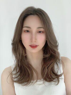 秋の大人可愛い韓国ヘアー顔まわりポイント