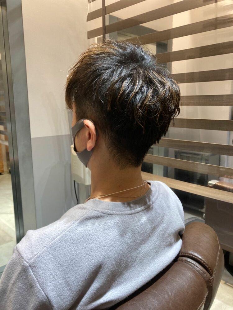 ニュアンスパーマツーブロ刈り上げヘア