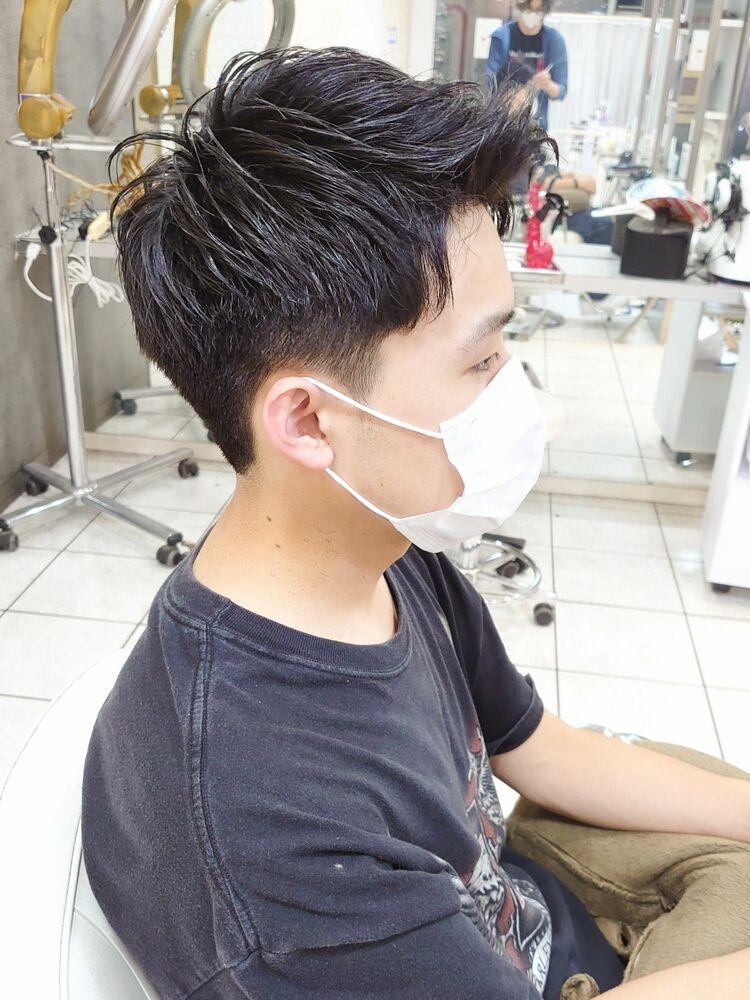 黒髪短髪ハイウエイト