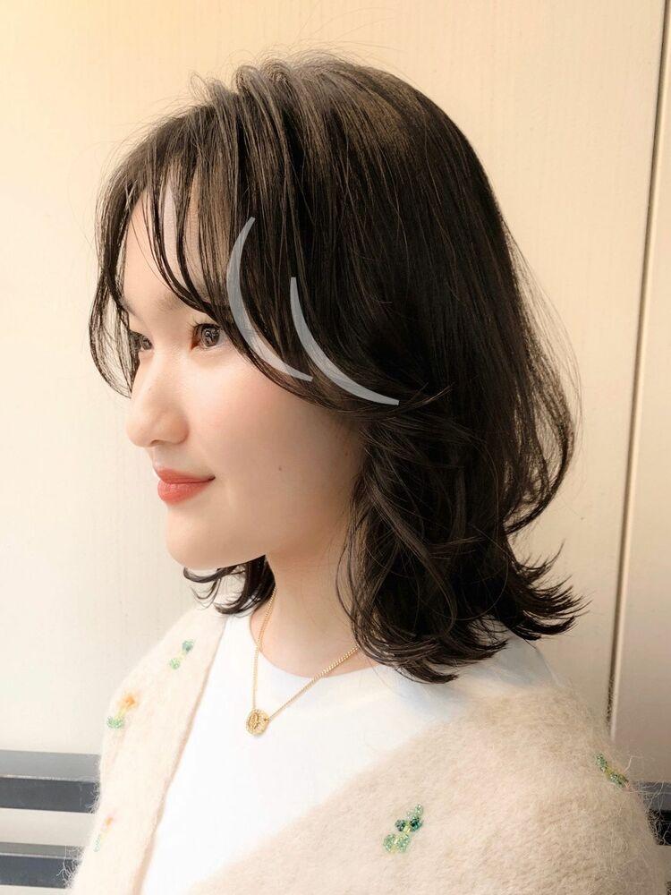 ミディアム版韓国人風レイヤースタイル