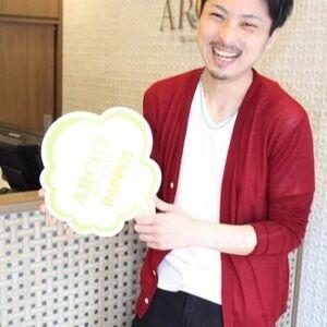 スタイリスト:上田勇作