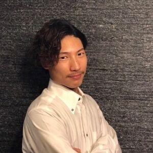 ヘアサロン:HIRO GINZA 新橋日比谷口店 / スタイリスト:金子敬佑