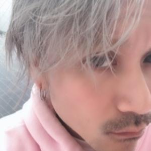 ヘアサロン:AFLOAT JAPAN / スタイリスト:鈴木司
