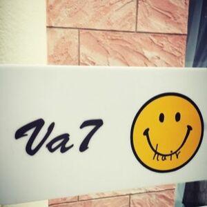 ヘアサロン:Va7 / スタイリスト:Va7表参道公式